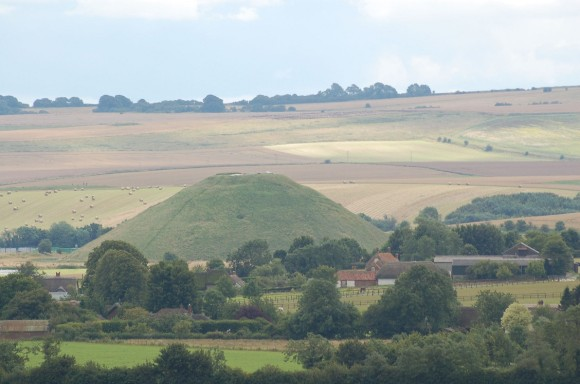 Photo of Silbury Hill and surrounding landscape: 'Silbury Hill ©English Heritage'